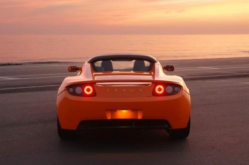 Porsche - Un alt client Tesla Motors!3159