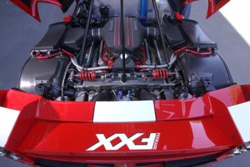 Ferrari FXX - De pe pista pe sosele!2979