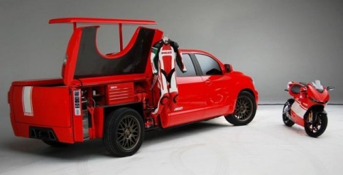 Toyota Tundra Ducati Transporter - Parteneriatul cu Ducati!2499