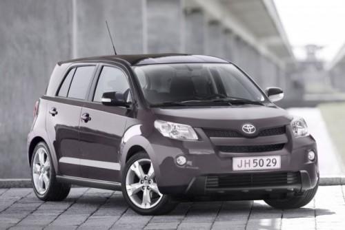Toyota - Pregatita de dezvaluiri in Orasul Luminilor!1543