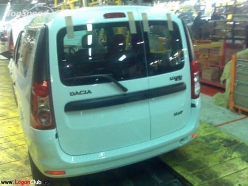 Dacia Logan MCV facelift - poze spion1094