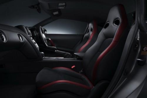 Post de la Nissan GT-R pentru europeni pana in martie 2009!353