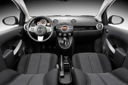 Noua Mazda2218