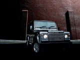 Land Rover Defender205