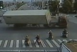 VIDEO: Sofer profesionist de China46352