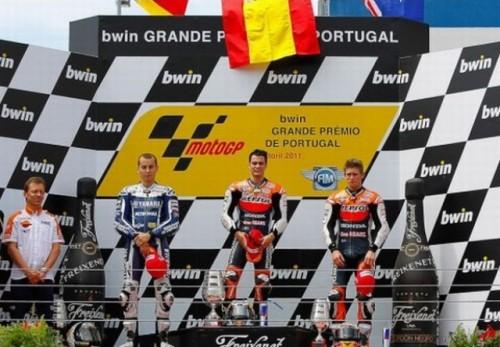 Pedrosa se impune la Estoril, Lorenzo ramane primul la general46266
