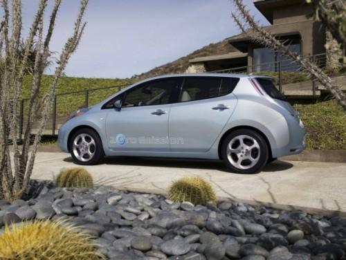 Nissan Leaf este World Car of the Year 201145878