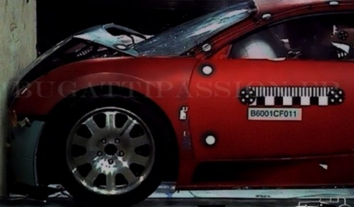 Bugatti veyron crash test