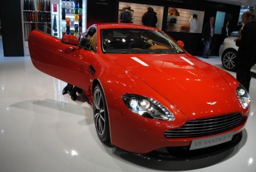 Standul Aston Martin