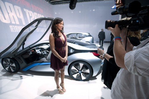 BMW i3 si i8 Paula Patton