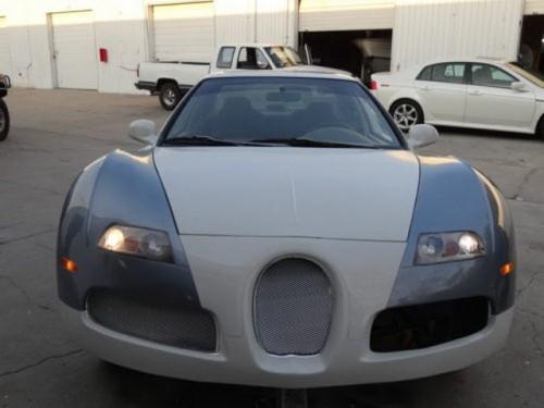 Honda Civic Bugatti Veyron