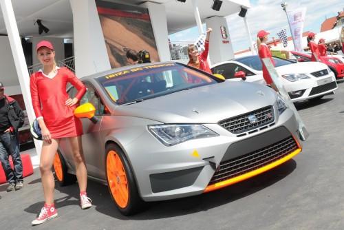 Fete si masini - GTI Tour 2012