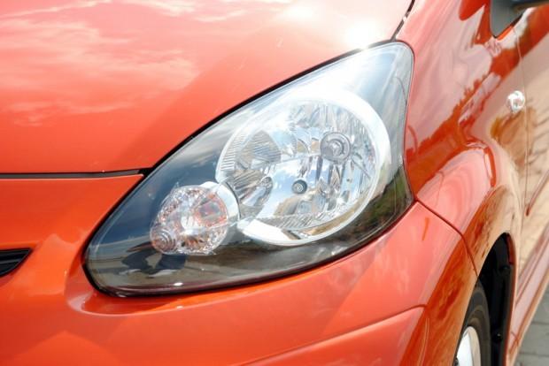 Toyota Aygo facelift, editia Mandarin, este ca un strop de portocala intr-un vas cu peste si mujdei.