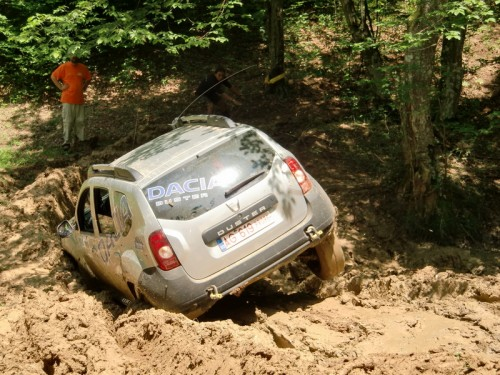 Dacia Duster Offroad 2012
