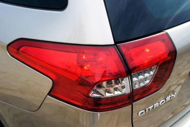 Citroen C5 Tourer 2.0 HDi  160 CP Exclusive, o masina premium de familie, sau un vehicul pentru casnicele   bogate?
