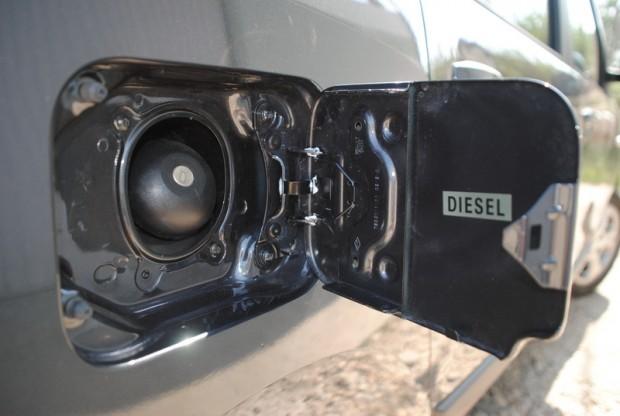 Dacia Lodgy Laureate, primul drive test cu un vehicul Dacia de import.