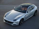 Ferrari FF cu plafon panoramic