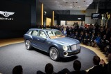 SUV Bentley si Lamborghini