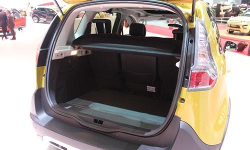 Geneva 2013 - Renault Scenic XMOD