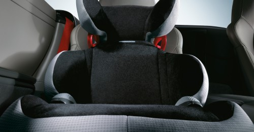 Accesoriile adecvate pot transforma și mașinile sport în mașini de familie