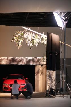Jaguar colaborează cu Emeli Sande pentru campania de lansare a modelului XE