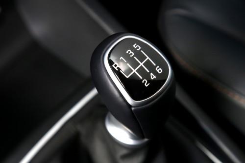 Hyundai dezvăluie interiorul noii generaţii i20