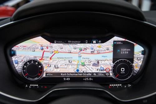 """Audi TT este """"best networked car"""""""