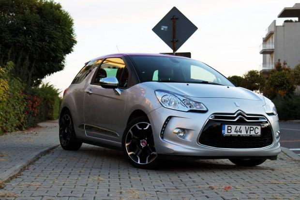 Un automobil premium din clasa mică, elegant şi totodată distractiv