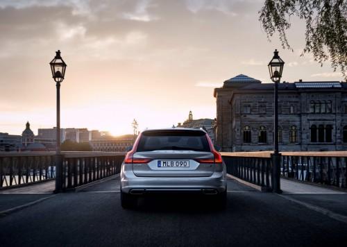 Volvo S90 și V90, prețuri în România și analiză completă