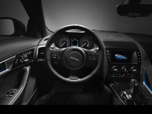 Jaguar F-TYPE SVR, analiză completă