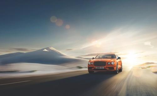 Bentley lansează Flying Spur W12 S