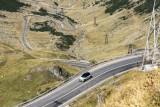 MINI Cooper SE cucereşte Transfăgărăşan