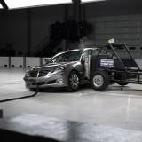 Hyundai Equus primeste maximum de puncte la testele IIHS45551