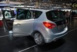 GENEVA LIVE: Standul Opel42534