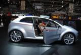 GENEVA LIVE: Italdesign Giugiaro prezinta noile concepte Volkswagen Go! si Tex42299