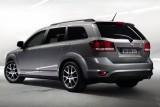 Noi imagini cu modelul Fiat Freemont41324