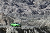 Dodge Challenger se inverzeste de invidie41013