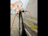 Volvo V60 Plug-in Hybrid vine la Geneva 201140342