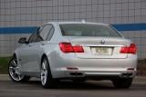 Hotii au furat un BMW Seria 7 la Detroit 2011!39523