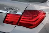 Hotii au furat un BMW Seria 7 la Detroit 2011!39539
