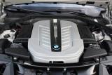Hotii au furat un BMW Seria 7 la Detroit 2011!39544