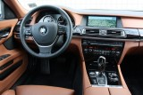 Hotii au furat un BMW Seria 7 la Detroit 2011!39550