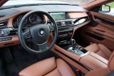 Hotii au furat un BMW Seria 7 la Detroit 2011!39551