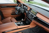 Hotii au furat un BMW Seria 7 la Detroit 2011!39552