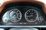 Hotii au furat un BMW Seria 7 la Detroit 2011!39554