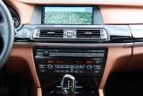 Hotii au furat un BMW Seria 7 la Detroit 2011!39556