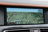 Hotii au furat un BMW Seria 7 la Detroit 2011!39557