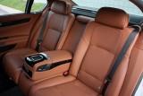 Hotii au furat un BMW Seria 7 la Detroit 2011!39569