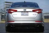 Kia Optima este Cars.com
