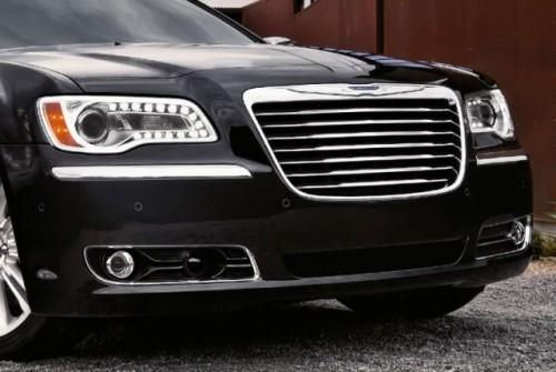 GALERIE FOTO: Noi imagini cu modelul Chrysler 300!38183